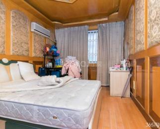 水西门低楼层精装三房 采光好 配套全 交通便利 有钥匙