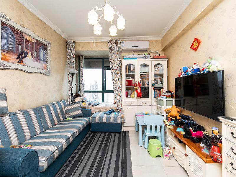 河西万达广场 万达西地 精装全南两房 拎包入住 满两年 看房方便