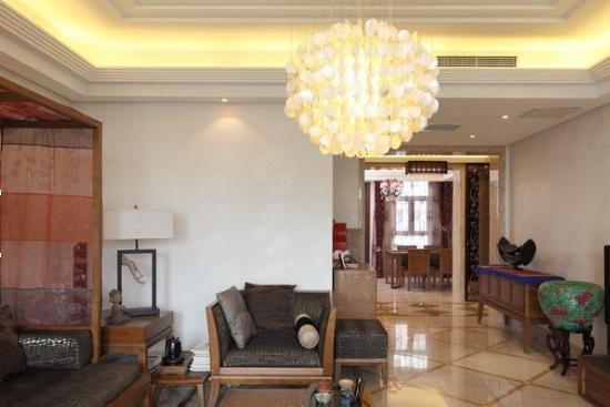 > 【中式家居】中式风格客厅吊顶效果图     沙发背墙以石头漆,将中文