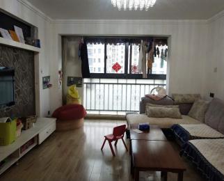 威尼斯水城7街区 南北通透精装修两房 满五年 看房方便
