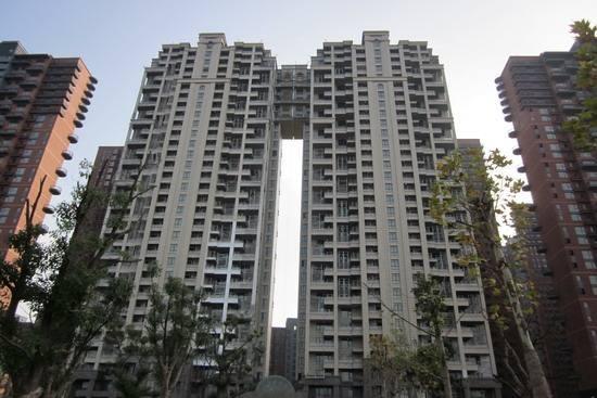 中铁国际城广园两室两厅急租