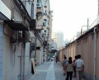 北京路电信大楼对面,铁佛花园
