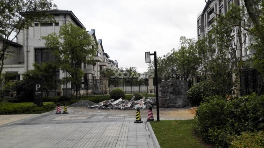 五矿九玺台5室3厅3卫270平米豪华装产权房2014年建