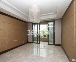 恒大龙珺3室2厅2卫133平米豪华装产权房2018年建