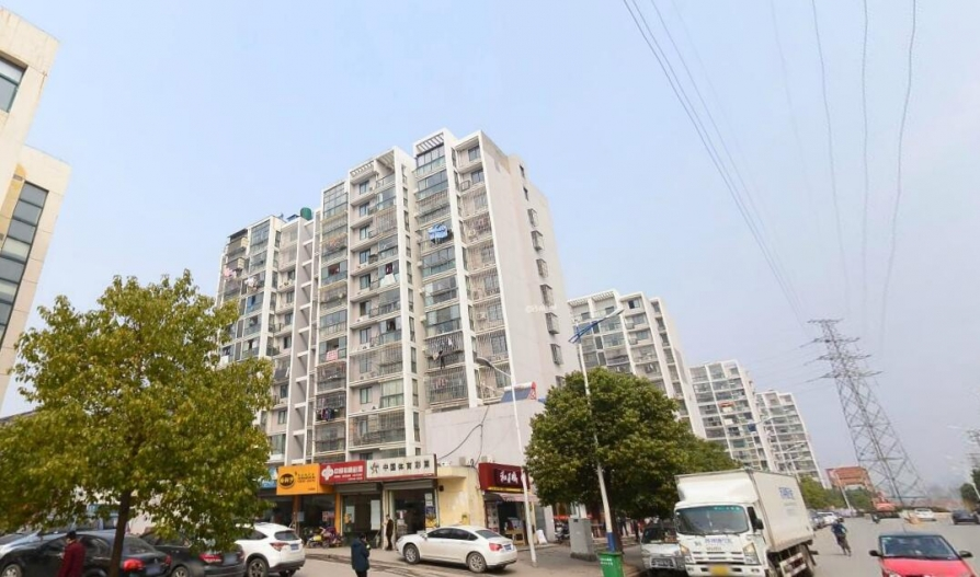 东升山庄40平米车库产权房