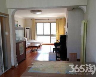 万润怡景苑3室2厅2卫138.8平方产权房简装