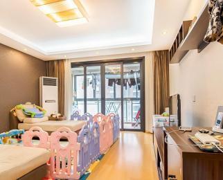 兴隆大街地铁口 凤凰和熙 精装大三房 居家陪读同事合租