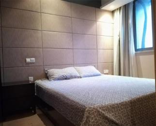 新街口珠江路地铁口凯润金城精装单室套全明户型拎包入住