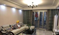 柳州东路地铁口 威尼斯水城婚装两房 满两年 设施全送 全新小区