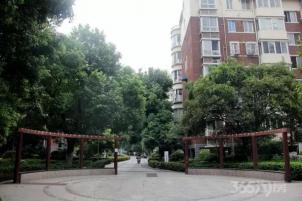 春江花园 中装全设施
