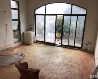 办公好房 超大错层客厅 四室二厅 带车库花园 欢迎看房
