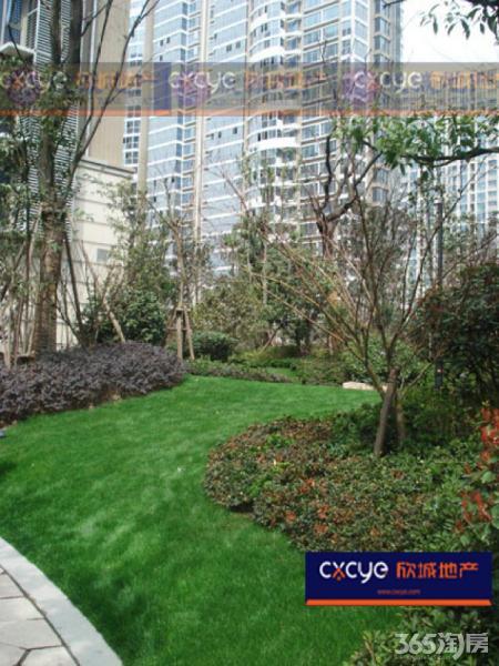 近期必卖 法式园林小区 东边户景观精装大三房 满二急售 价可议