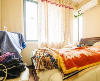 山水云房4室3厅2卫147.32平米豪华装产权房2008年建