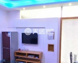 百家湖胜太地铁口 魔方公寓 大阳台 方便停车 家电齐全 个