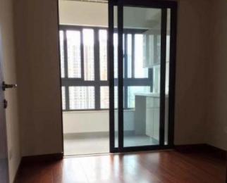 开发商精装修 中央空调加地暖 全新 随时入住 看房方便
