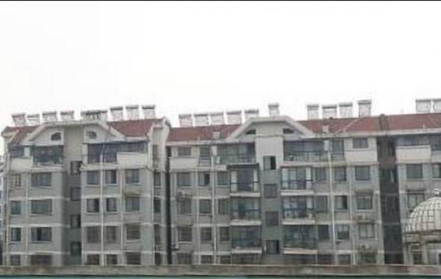 宏进锦绣家园114.28平米毛坯产权房