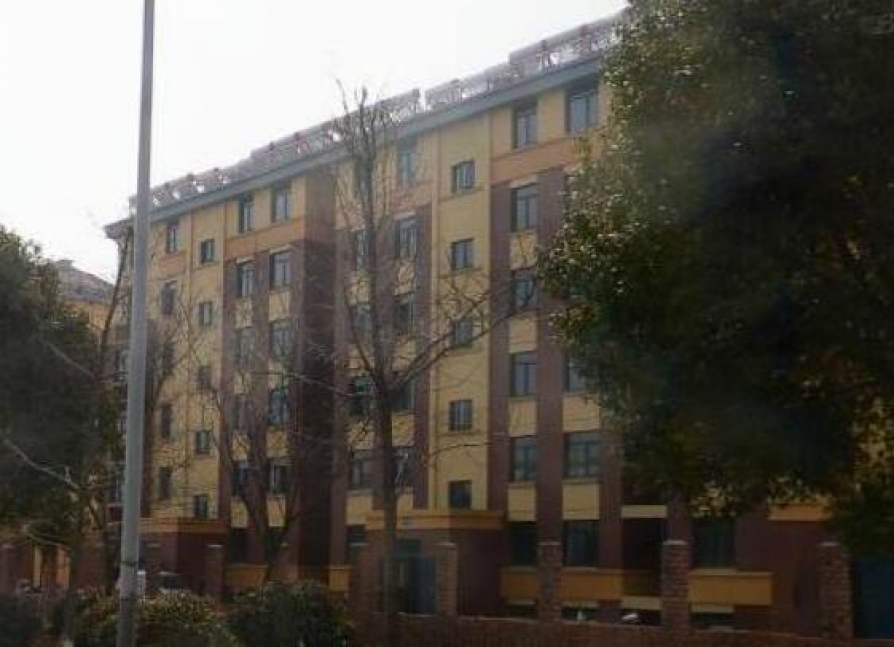 中城花园2室2厅1卫95.89平方产权房毛坯