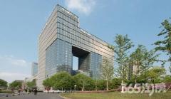 雨润国际广场1室1厅1卫81平方产权房豪华装