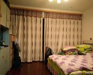 两室一厅 精装修拎包入住 温馨婚房 交通便利 周围娱乐设