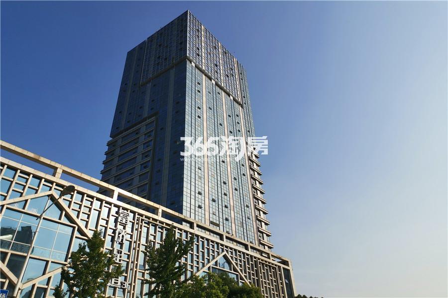 铂悦公寓1室1厅1卫54平方米120万元
