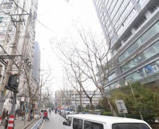 珠江路 氪空间 联合办公 拎包入驻4至20人独立办公 全套家