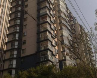 新街口商圈 广州路地铁口 君临国际单身公寓 可拎包入住
