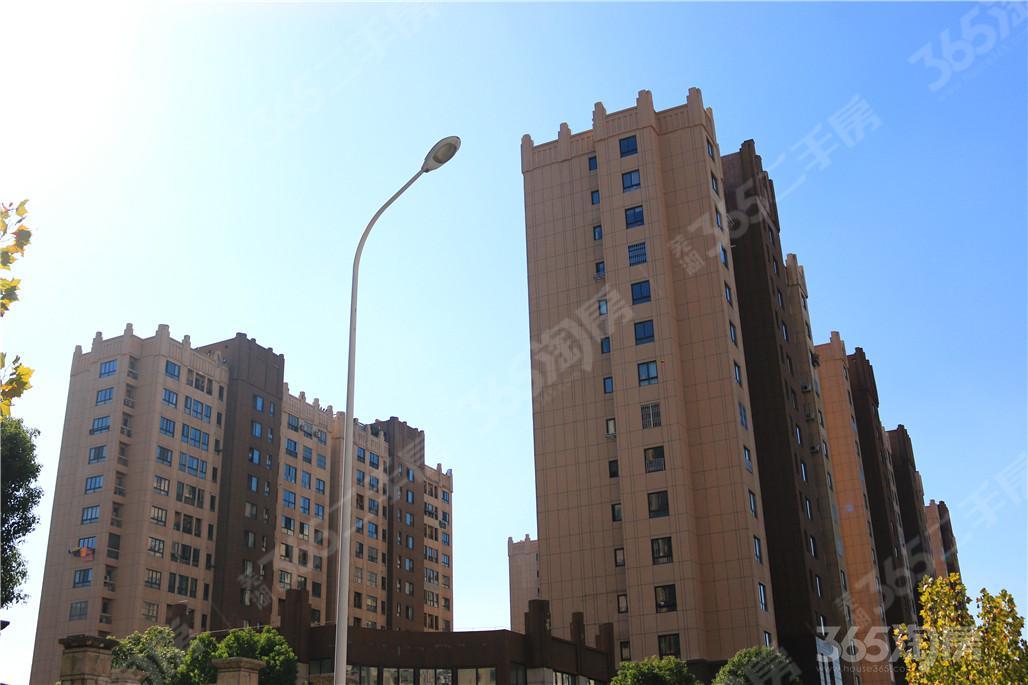 苏宁环球城市之光3室2厅2卫126平方产权房豪华装