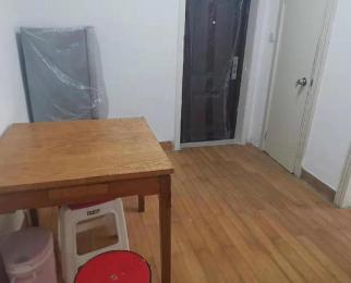 <font color=red>新门口小区</font> 福建路的两室一厅 环境干净 适合上班族