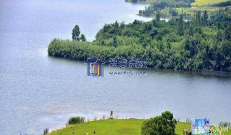 新房度假卧龙湖风情小镇风景区里的天然氧吧居所城市里的自然风情