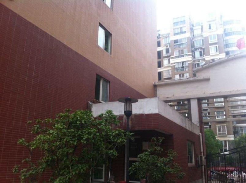 江宁区将军大道托乐嘉单身公寓70.00㎡精装2室1厅