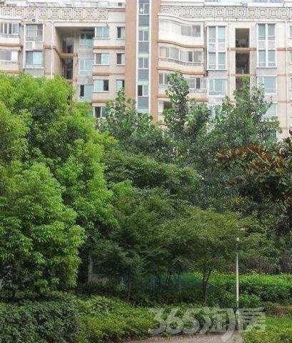 翠岛花城4室2厅2卫143平方产权房豪华装