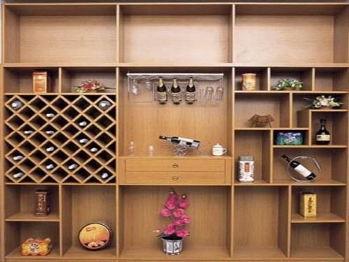风格和白色欧式风格的房屋内可以放置法式风格酒柜