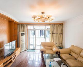碧水湾西园 4室3厅 4500元