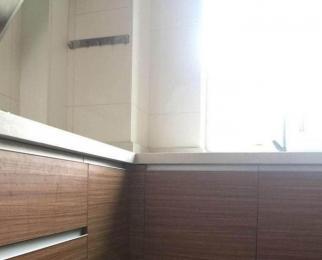 近地铁 精装二居室 精装拎包入住 看房方便 随时入住 急租