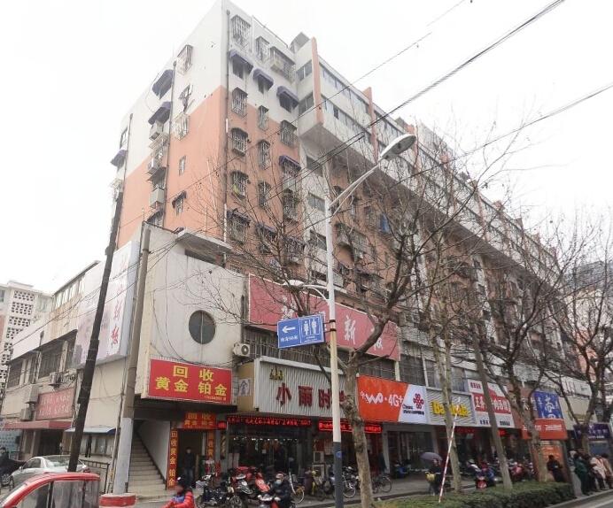 秦淮区常府街常府街29号40.00�O简装1室0厅