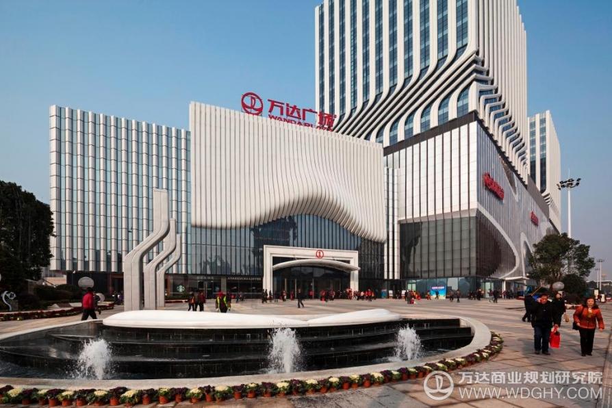 江宁万达广场47平米精装可注册2014年建
