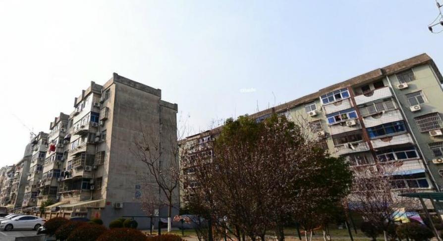 财贸新村2室1厅1卫62平方产权房简装