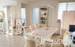 香溢世纪花园3室2厅2卫144.2平方产权房