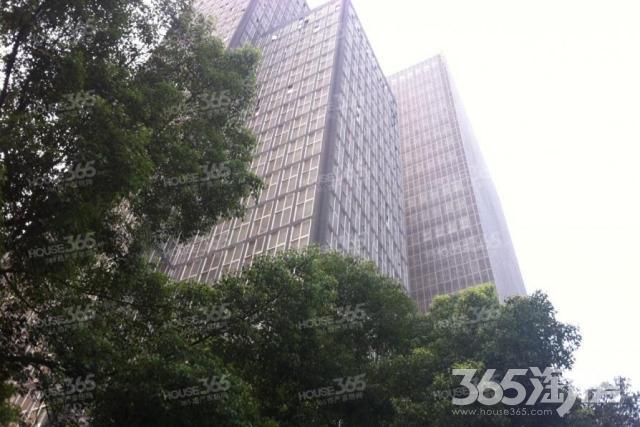 秦淮区五老村CFC长发中心340.00�O精装0室0厅