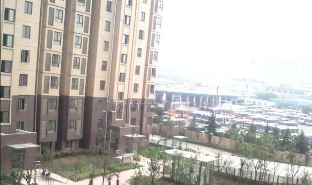 东麒佳苑3室2厅2卫123平方产权房精装