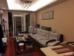 精装两房 两房朝南客厅朝南 采光好 地铁