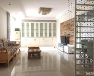 亚东城 居家2房 温馨干净 采光充足 有钥匙 看房方便 可拎