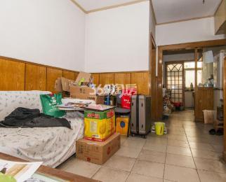 解放路46号2室1厅1卫67平米简装产权房1995年建
