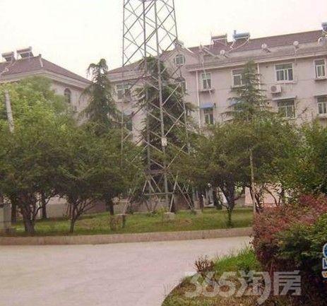 商城小区2室2厅1卫80平方产权房精装新区中心