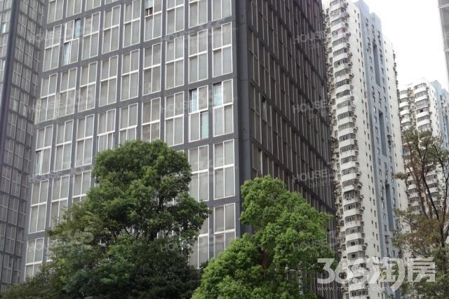 秦淮区五老村CFC长发中心375.00�O精装0室0厅