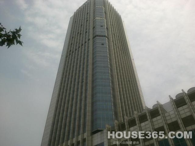 联强国际大厦409平米精装可注册2008年建