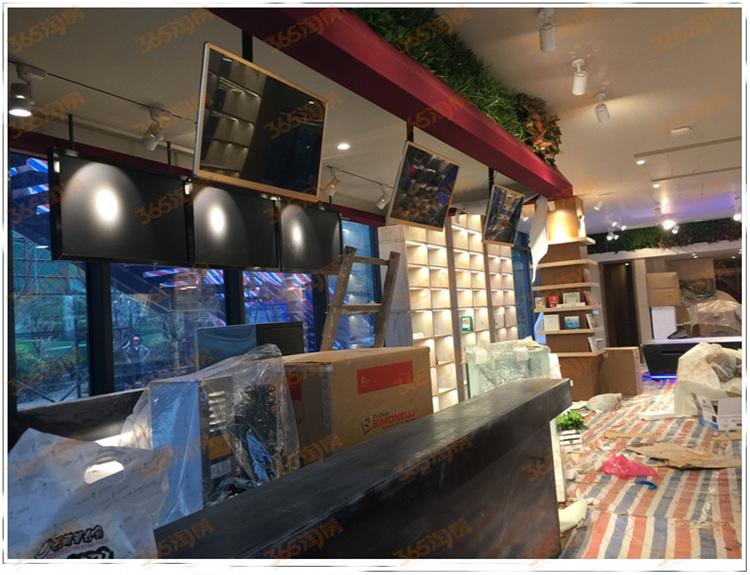售楼处内部场景.吧台区,像是咖啡厅的收银台
