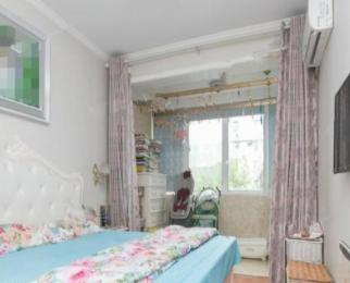 集庆门 水西门 精装两房 家电齐全 看房方便 干净清爽楼层