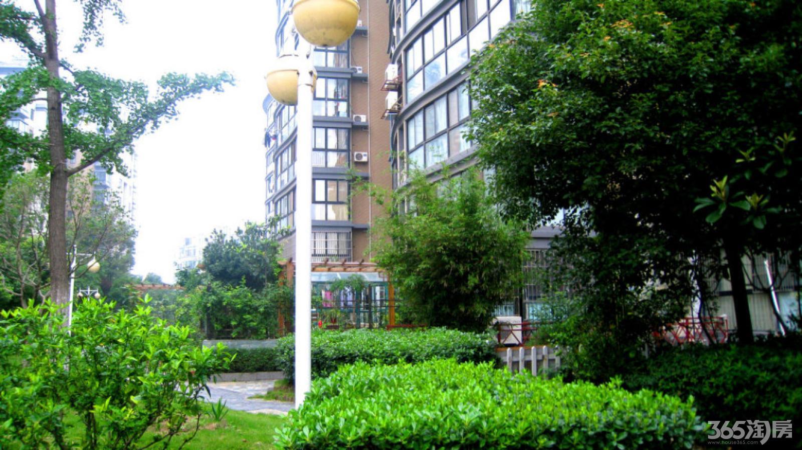江宁区百家湖21世纪现代城113.00㎡简装1室1厅