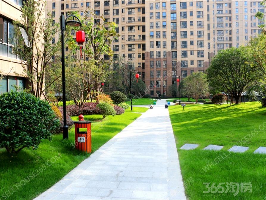 东方龙城采薇苑3室 2厅 1卫95平方米1600元/月